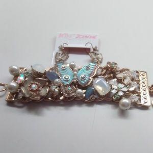 BetseyJohnsonNewWhiteButterfly Earrings & Bracelet